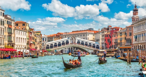 Get caught in gondola gridlock on your Italy Tour