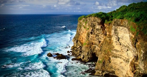 Beautiful coastal scenery on your bali vacation package
