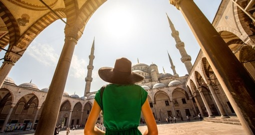 Visit and explore amazing Blue Mosque in Istanbul during your next Turkey tours.
