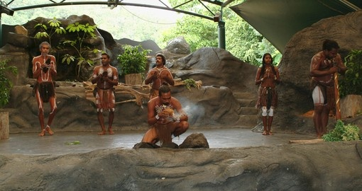 Experience traditional aboriginal performances during your Australia Vacations.