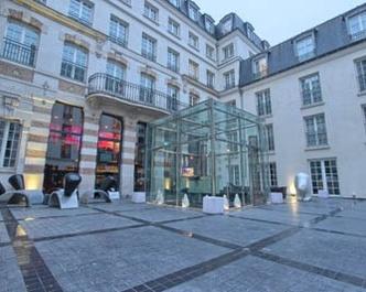 European sampler london paris and amsterdam goway for Kube hotel london