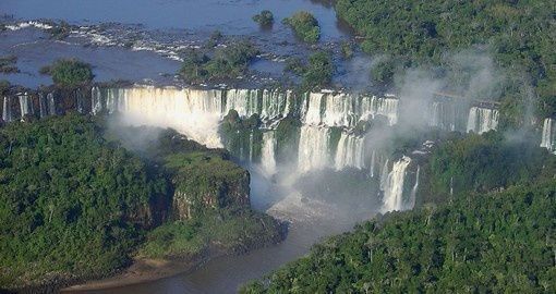 View the Argentina Falls from Brazil during your Argentina vacation.