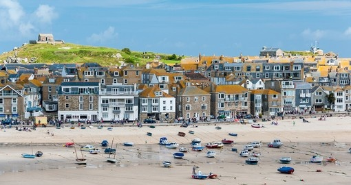 Visit St. Ives City and enjoy beautiful surfing beaches in Cornwall during your next England vacations.