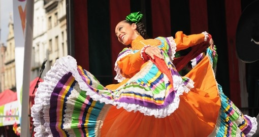Watch traditional dancing on your trip to Mexico