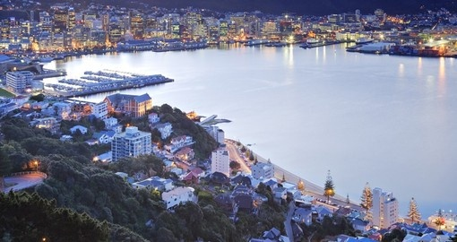 Twilight over Wellington harbour and an photo opportunity while on your New Zealand vacation.