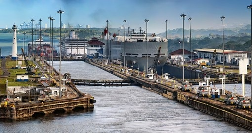 One of Panama's iconic landmarks, the Panama Canal is a great photo opportunity on your Panama tour