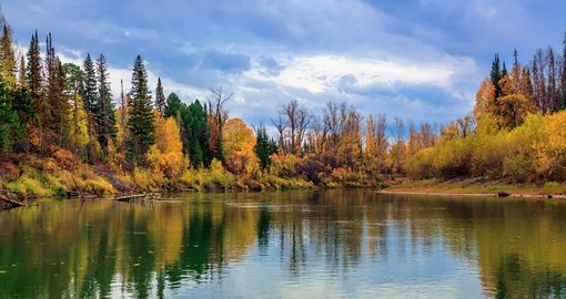 Siberia in the autumn is spectacular and a great photo opportunity on your Russia vacation.