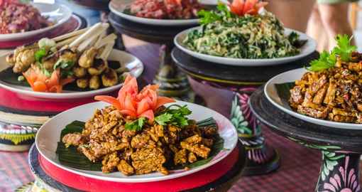 Learn to make traditional Balinese food on your Bali vacation