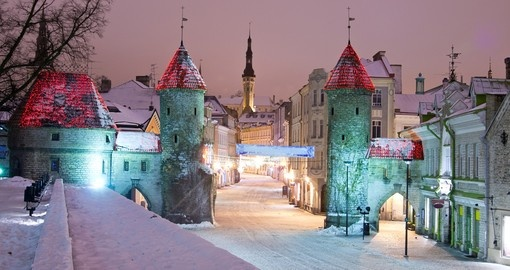 Snowy night in Tallinn