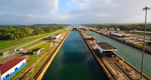 Explore the Panama Canal on your Panama Tour