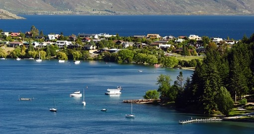 Beautiful Lake Wakatipu is a great photo opportunity while on your New Zealand vacation.
