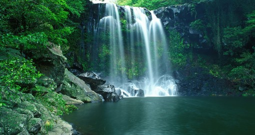 Explore Chunjeyun waterfall on your Korea vacation