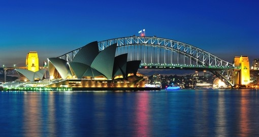Visit Sydney Bridge and Opera House during your next Australia Vacations.