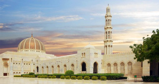 The breathtakingly beautiful Sultan Qaboos Grand Mosque