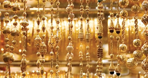 Necklaces and bracelets in Gold Souk