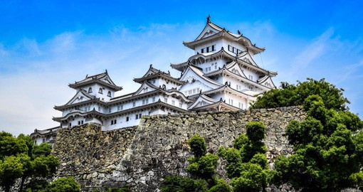Himeji-jo is the finest surviving example of early 17th-century Japanese castle architecture