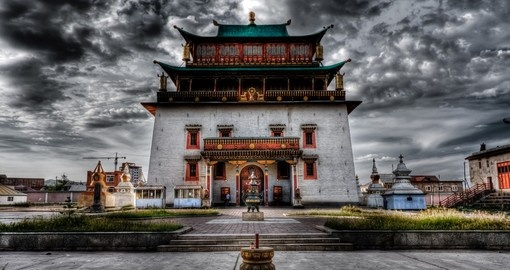 Gandantegzilen Monastery in Ulaan Bataar is a architectural marvel and must be visited on your Mongolian Vacation
