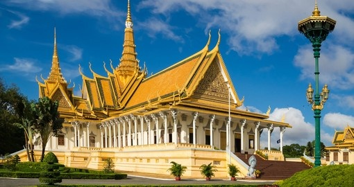 The shining Royal Palace is a must see location on your Trip to Cambodia