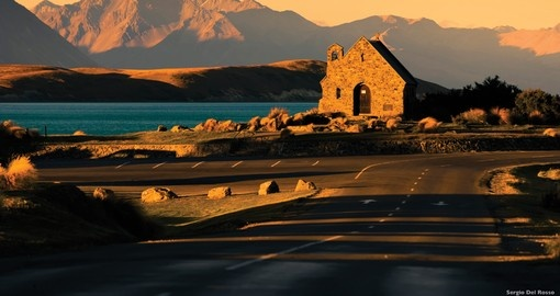 See the Church of the Good Shepherd in Lake Tekapo during your New Zealand vacation.