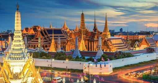 The Grand Palace, built in 1782, is the official residents of the King of Thailand