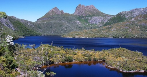 Discover Cradle Mountain and Dove Lake in Tasmania during your next Australia tours.