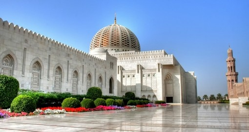 Visit Grand Mosque in Muscat during your  next trip to Oman.