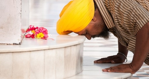 Worship in Amritsar