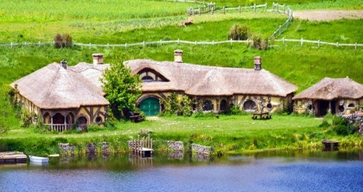 Visit Hobbiton Shire and the surrounding area on your New Zealand Vacation