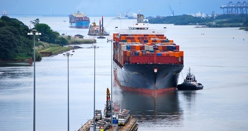 The famous Panama Canal is a great experience on your Panama vacation