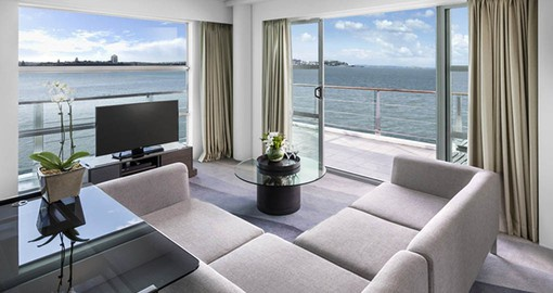 The Hilton Auckland has commanding views of the harbour and is the perfect base for your New Zealand tour