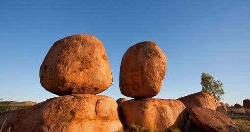 Explore Devil's Marbles and its magical view during your next Australia Tours.
