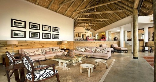 Dulini River Lodge interior
