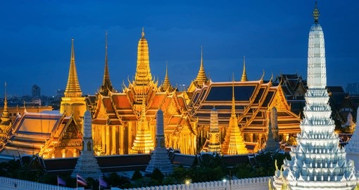 Explore the spectacular Grand Palace on your Asia Tour