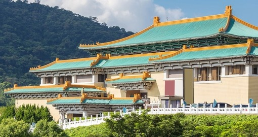Visit the National Palace Museum during your Taiwan Tour Packages