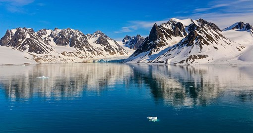 Discovered by William Barents in 1596, Magdalenefjorden is renown for it's sheltered waters and jagged peaks