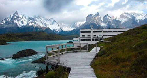 Sail across beautiful Lago Peho on your Chile Tour