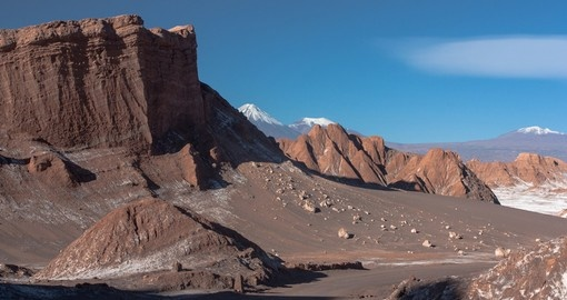 See the desolate Valley of the Moon on your Chile Tour