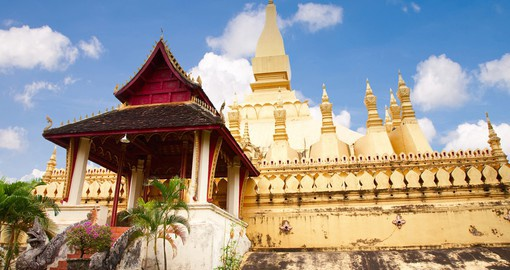 Visit Pha That Luang on your Laos tour