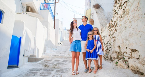 Happy Family Cao in Greece