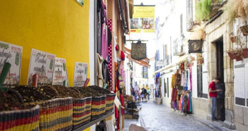 Córdoba's old Jewish quarter consists of a fascinating network of narrow lanes