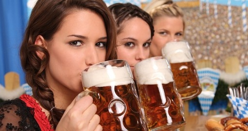 Bavarian girls drinking beer