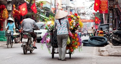 Life of Vietnamese vendor in Hanoi