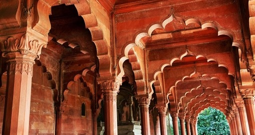 Spectacular architectural details of the Red Fort