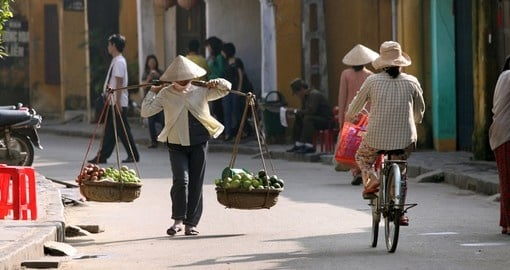 Life of Vietnamese vendors in Hoi An