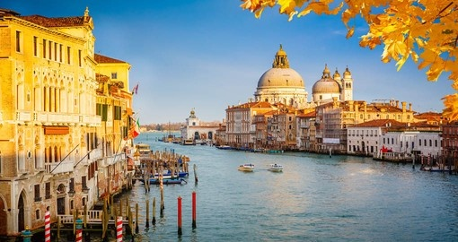 Your Italy Vacation includes a cruise of the Grand Canal in Venice