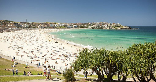 Visit Famous Bondi Beach on your Australia Tour