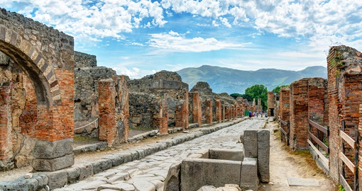 Stroll the ancient streets of Pompeii on your Italy Tour