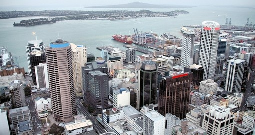 Experience aerial view of Auckland during yor next New Zealand tours.
