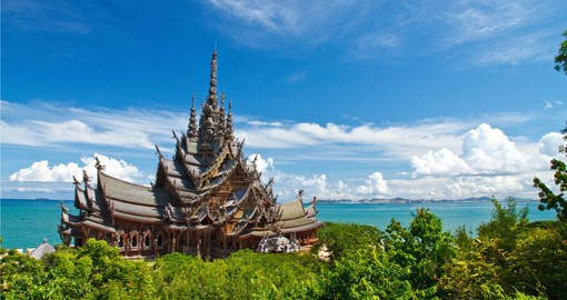 Take the opportunity to visit the The Wood Sanctuary of Truth in Pattaya during your Thai vacation