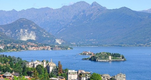 Discover this magical Lake Maggiore located on the south side of the Alps during your next Italy vacations.